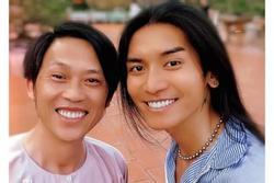 Hoài Linh và BB Trần gây chú ý với 'nụ cười chói chang'