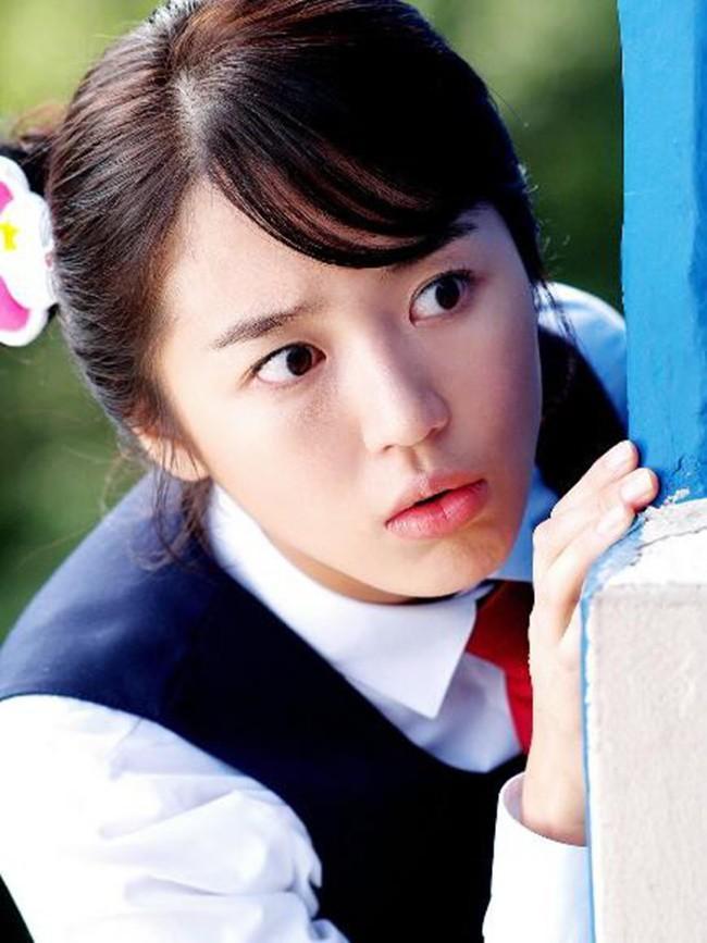 Mặt mộc lộ rõ dấu hiệu tuổi tác của thái tử phi Yoon Eun Hye-7