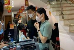 Thực hư hình ảnh Lệ Quyên - Lâm Bảo Châu đi mua nhẫn cưới