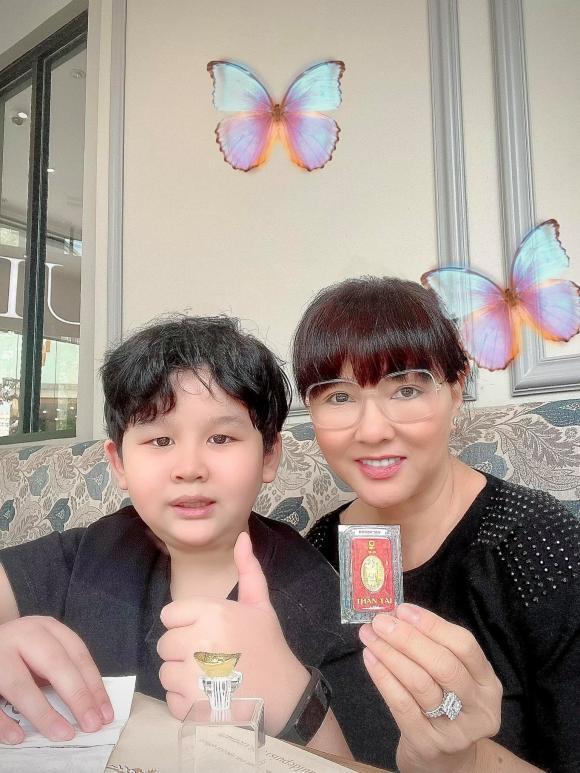 Sao Việt sắm vàng ngày vía Thần Tài 2021: Riêng Di Băng mua 100 cây vàng-2