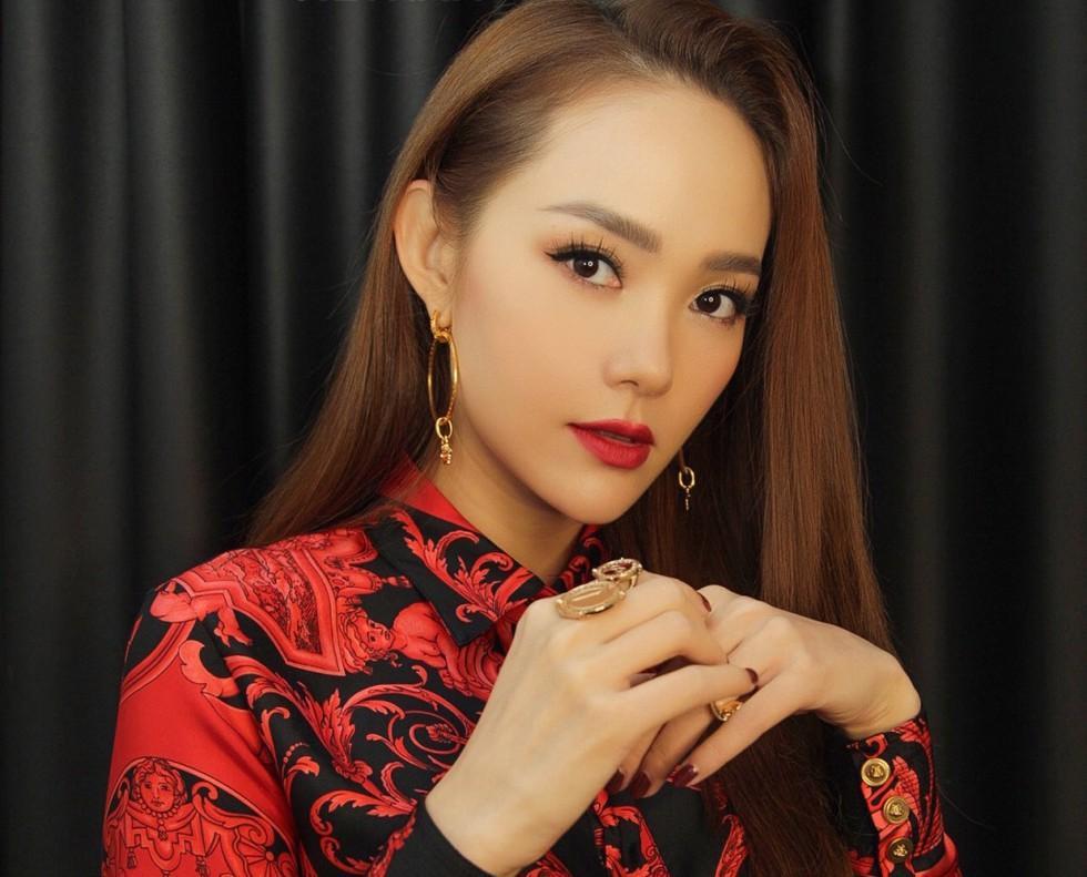 Chỉ thay đổi kiểu tóc, Minh Hằng hack tuổi từ 34 mà như nữ sinh 20-9