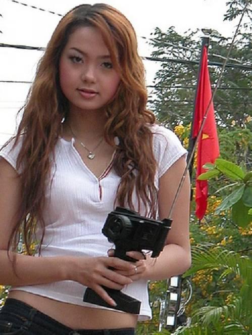 Chỉ thay đổi kiểu tóc, Minh Hằng hack tuổi từ 34 mà như nữ sinh 20-11
