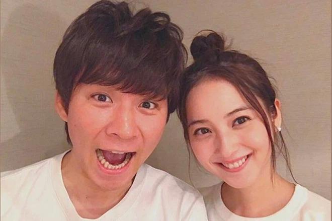 Ngoại tình 182 người, chồng sao Nhật đẹp nhất bị đuổi khỏi showbiz, phải mưu sinh chợ cá?-6