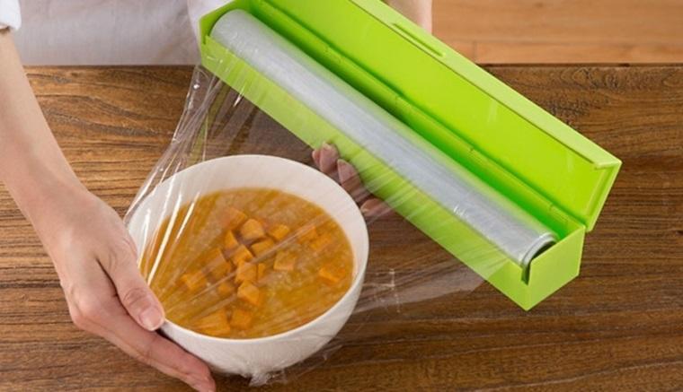 Những sai lầm ít biết khi sử dụng màng bọc thực phẩm, tránh để không hại thân-3