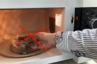 Những sai lầm ít biết khi sử dụng màng bọc thực phẩm, tránh để không hại thân