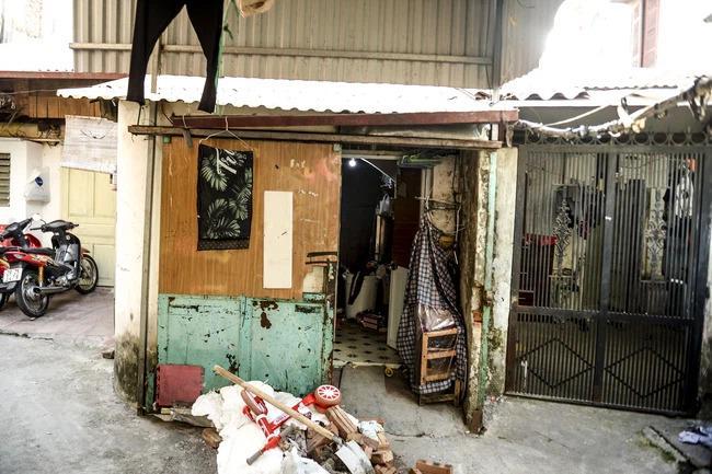 Người mẹ bạo hành con gái 12 tuổi ở Hà Nội: Nỗi ám ảnh sợ hãi của hàng xóm-3