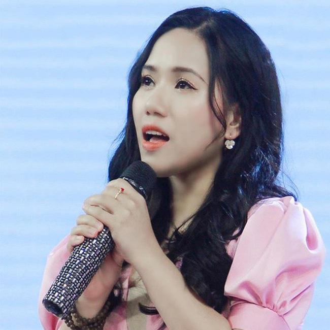Thùy Chi đăng bản cover Chúng ta của hiện tại lên Fanpage để câu view trong lúc Sơn Tùng M-TP gặp scandal-2