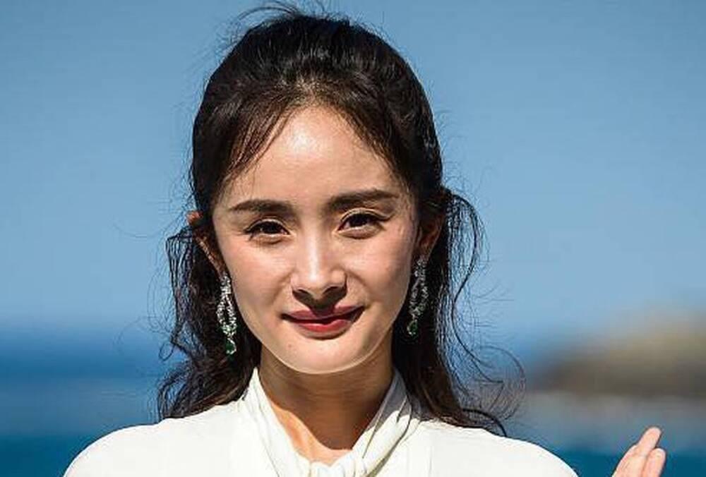 Không qua photoshop, nhan sắc thật của mỹ nhân Trung - Việt như thế nào?-10