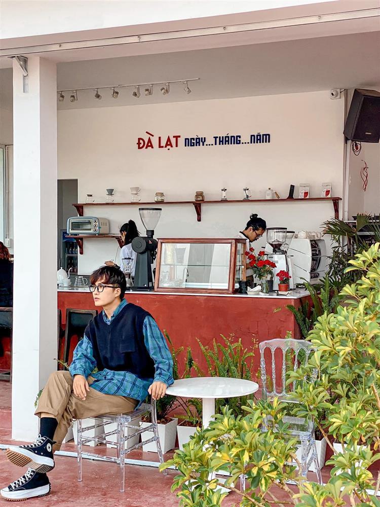 Lãng mạn với quán cà phê rạp hát được giới trẻ mê mẩn check-in ở Đà Lạt-12