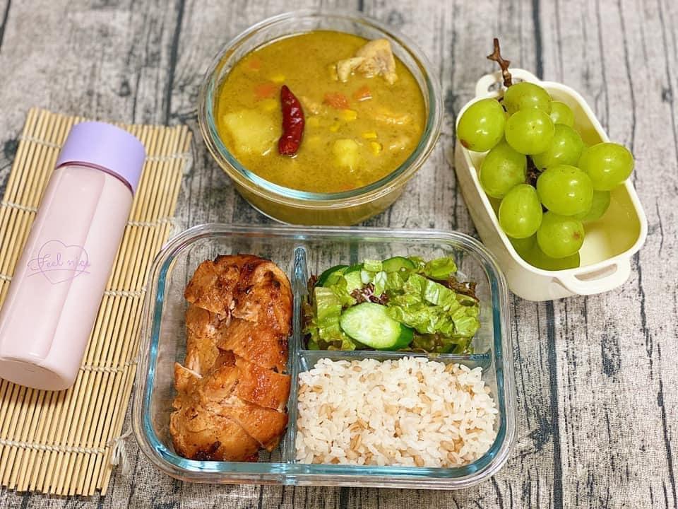 Vợ 8X ở Nhật dậy từ 6h nấu cơm hộp cho chồng, bữa nào cũng ngon mà chẳng hề lặp món-3