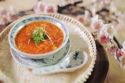 Mách chị em cách làm món soup gấc hải sản: Đảm bảo từ người lớn đến trẻ con đều mê tít!