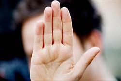 Nhìn vào bàn tay thấy 4 nét này bảo sao quý cô 'đơn chiếc' cả đời