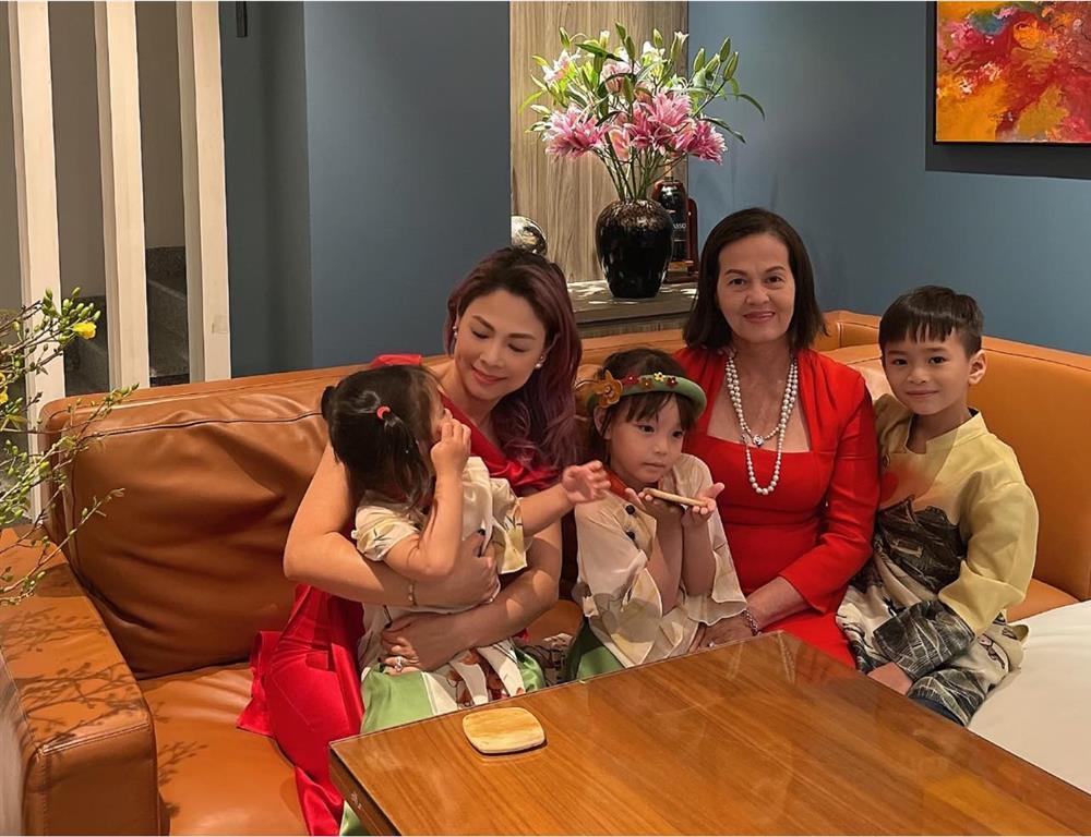 Thanh Thảo mừng sinh nhật chồng Việt kiều đang trong khu cách ly-6