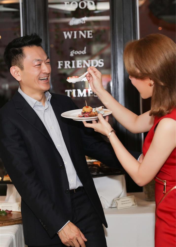 Thanh Thảo mừng sinh nhật chồng Việt kiều đang trong khu cách ly-3