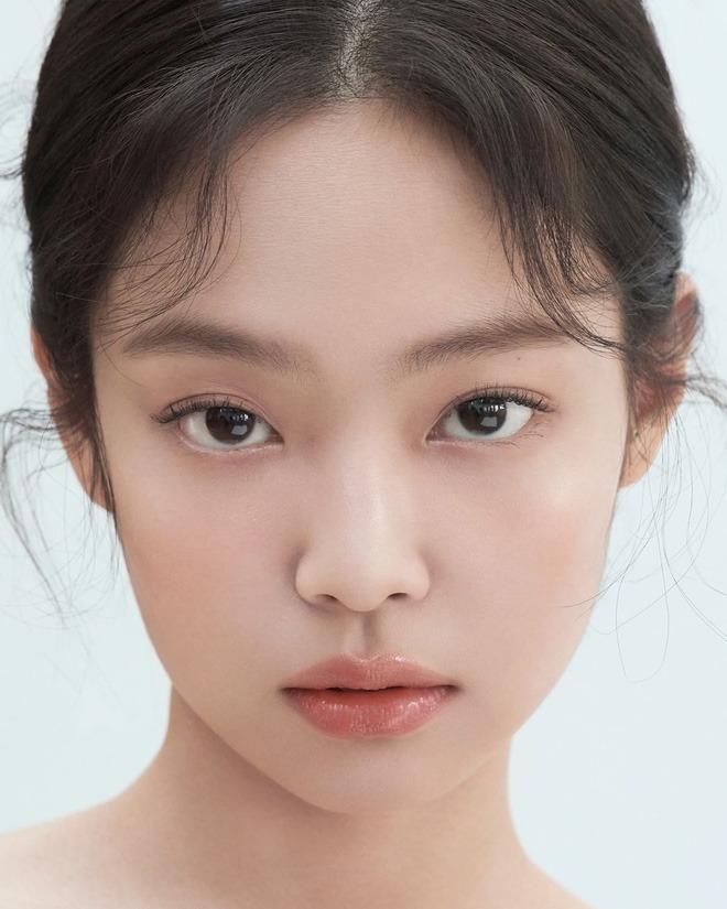 Loạt make-up look chất lừ của Jennie khiến G-Dragon mê mệt-2