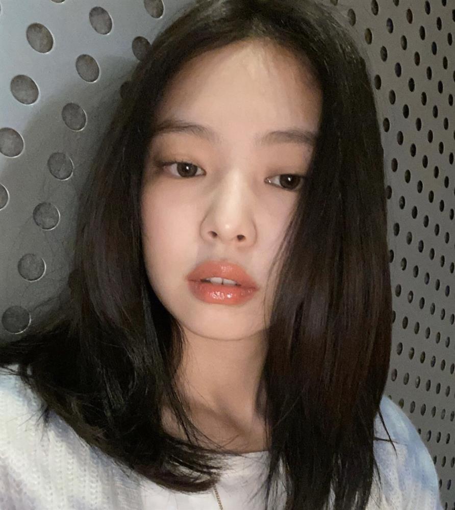Loạt make-up look chất lừ của Jennie khiến G-Dragon mê mệt-4