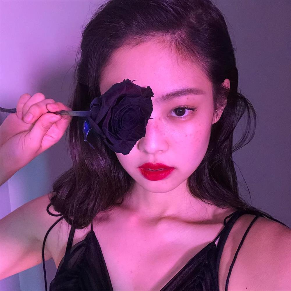 Loạt make-up look chất lừ của Jennie khiến G-Dragon mê mệt-8
