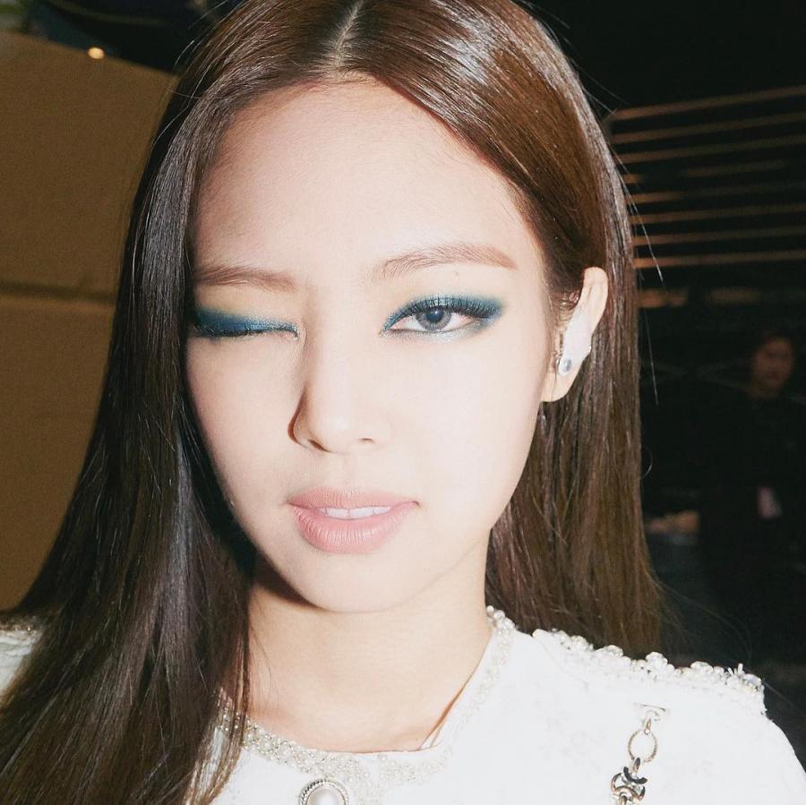 Loạt make-up look chất lừ của Jennie khiến G-Dragon mê mệt-12