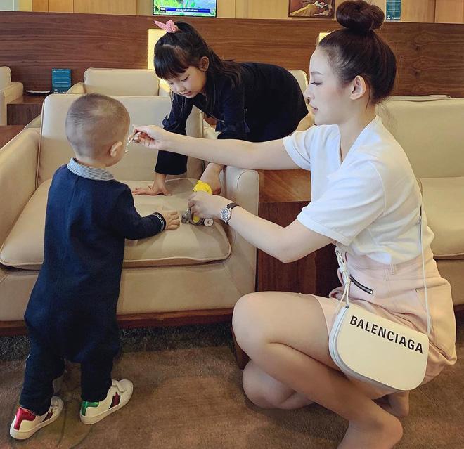 Con gái Huyền Baby mới 8 tuổi đã bộc lộ tố chất mỹ nhân-5