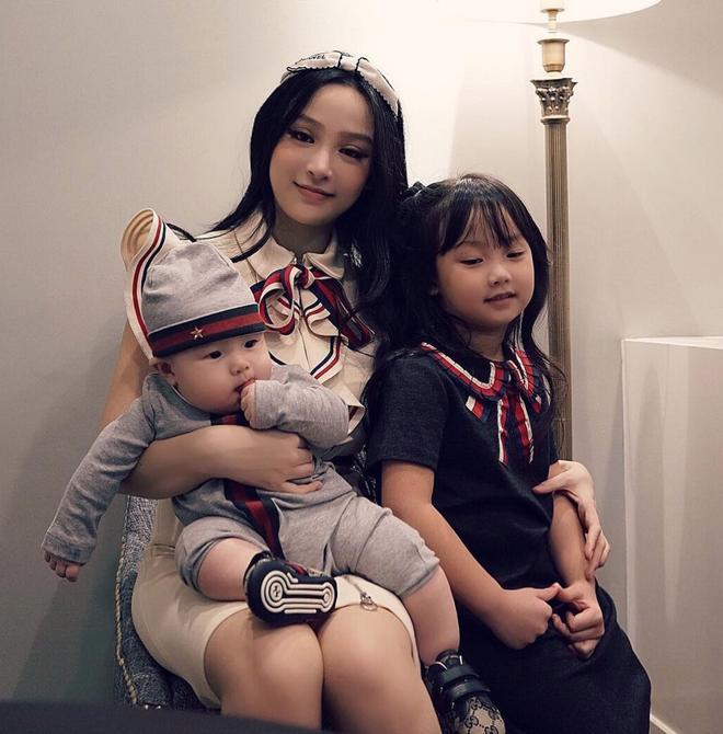 Con gái Huyền Baby mới 8 tuổi đã bộc lộ tố chất mỹ nhân-3