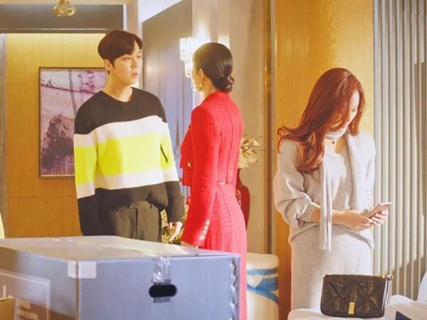 Ác nữ Kim So Yeon đuối sức, diễn lố ở Penthouse 2-2