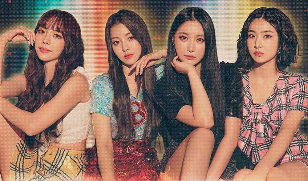 Netizens bỗng phát cuồng ca khúc từ nhóm Idol kém nổi phát hành 4 năm trước-3