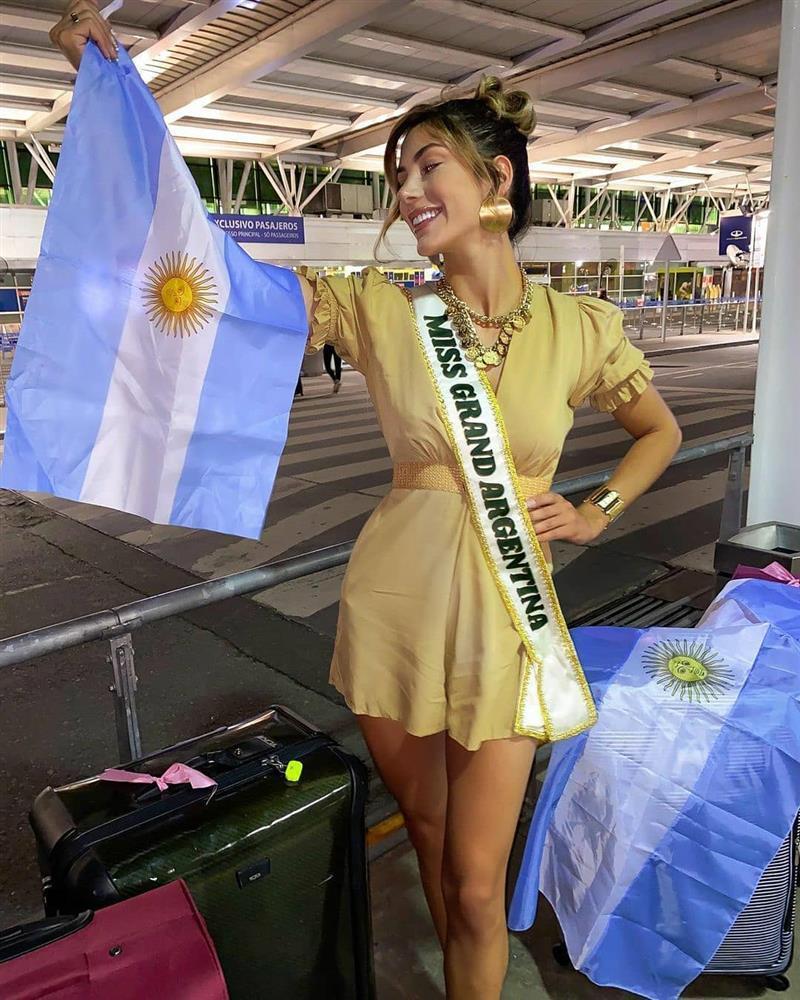 Thí sinh Miss Grand 2020 lên đường: Ngọc Thảo ghi điểm, Venezuela phản cảm-13