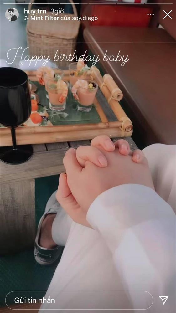 Ngô Thanh Vân và Huy Trần đón sinh nhật lãng mạn trên du thuyền-2