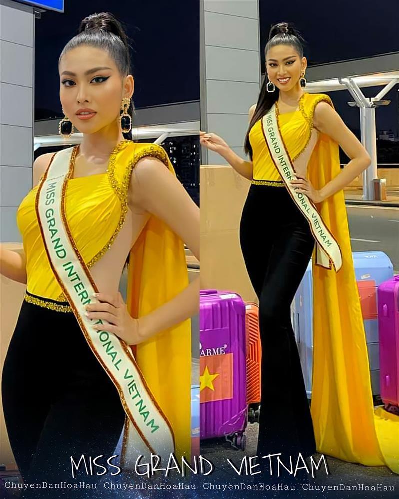 Trang phục xuất trận Miss Grand của Ngọc Thảo bị soi giống Catriona Gray-1