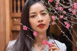 Netizen Việt réo gọi Chi Pu từ clip Hoà Minzy luyện thanh với cô giáo