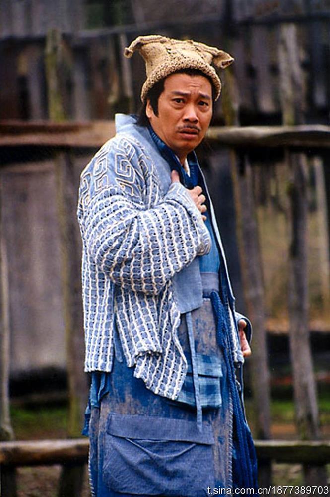 Trùm vai phụ Ngô Mạnh Đạt: từng cạch mặt Châu Tinh Trì, U70 vất vả nuôi vợ và 5 con-4