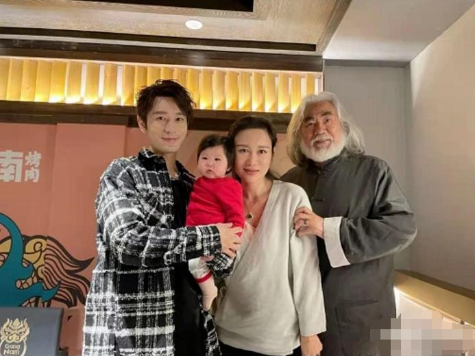 Chúc mừng sinh nhật Angela Baby, Huỳnh Hiểu Minh bị đàm tiếu làm màu che giấu ly hôn-3