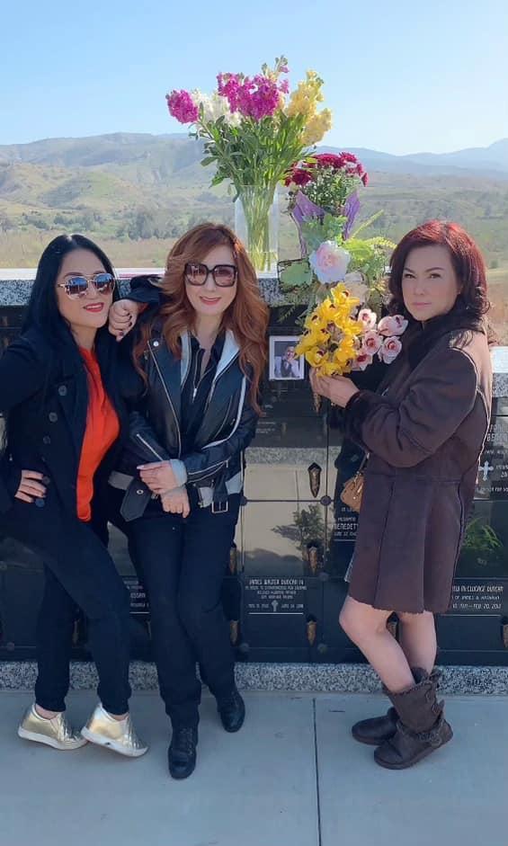 Tinh thần mới của Phương Loan khi viếng mộ cố nghệ sĩ Chí Tài-3