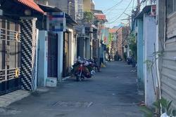 TP HCM: Thanh niên bị bạn chém gần đứt lìa cẳng tay