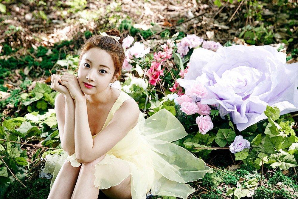 Hàng loạt phốt xấu xa của nàng thơ Lee Naeun nhóm APRIL bị đào mộ-2