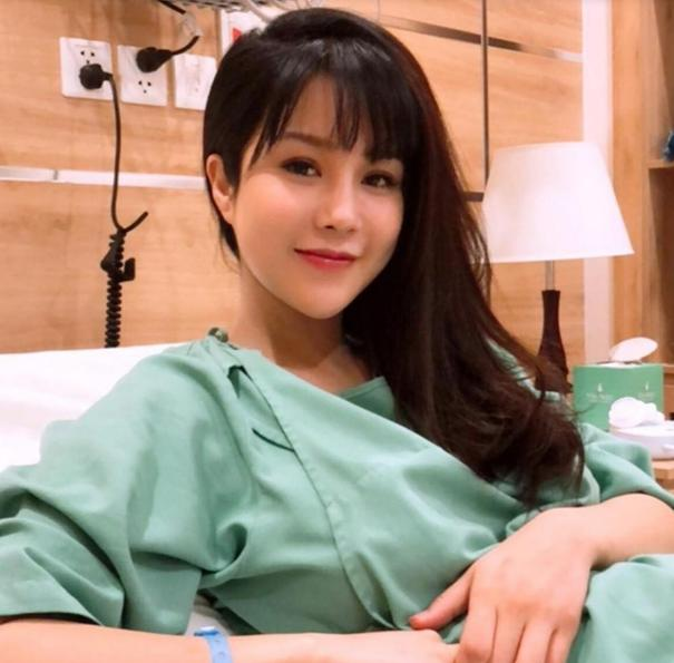 Trâm Anh, Hà Hồ, MC Hoàng Oanh mặt mộc sau sinh đẹp không tì vết-9