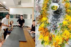 Hồ Quang Hiếu làm bánh tráng trộn 'siêu to', gia nhập team 'Bà Tân vlog'