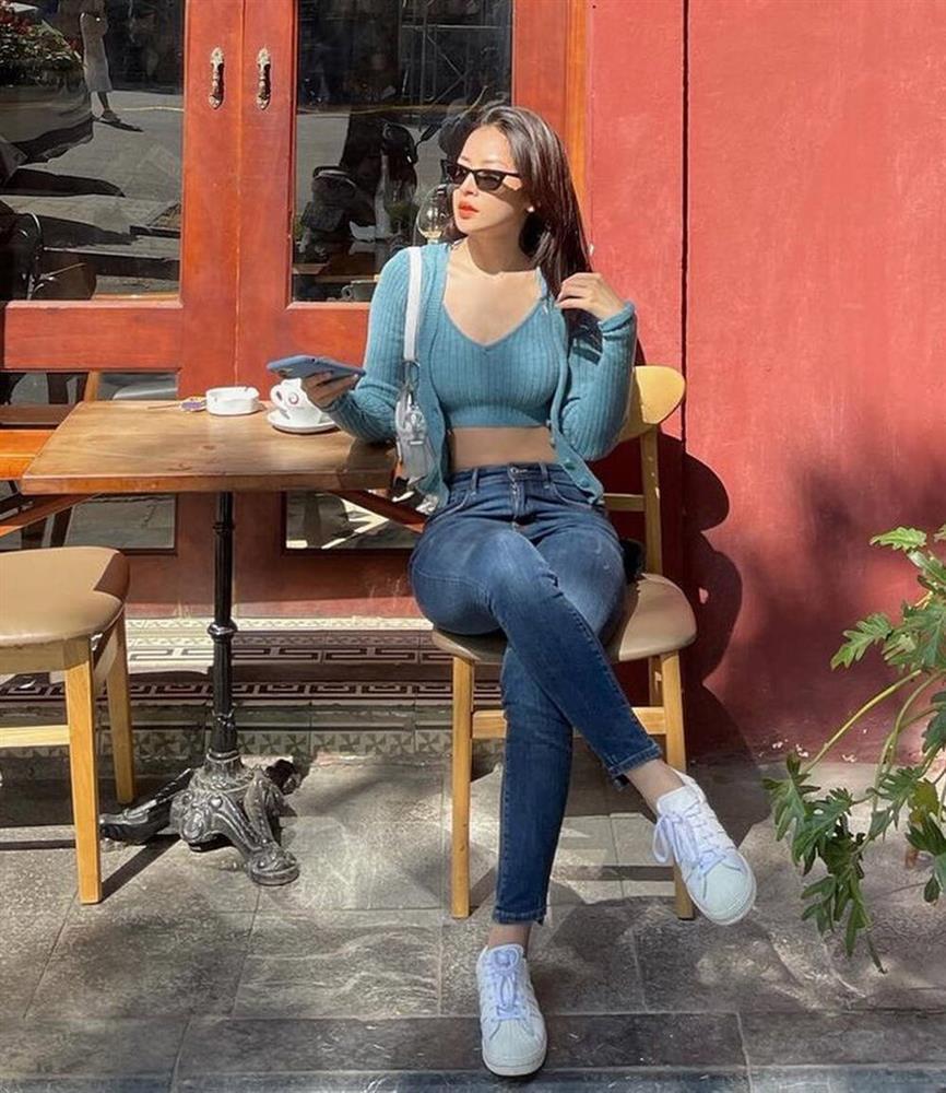 Đụng hàng set áo lông: Ngọc Trinh - Chi Pu khoe eo thon, Kaity hack dáng hiệu quả-9