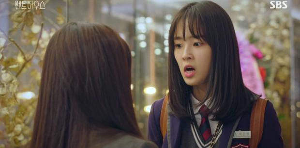 Ha Eun Byeol (Penthouse) bị tố hiếp đáp bạn học, mang cả đời thật lên phim-8