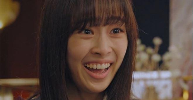 Ha Eun Byeol (Penthouse) bị tố hiếp đáp bạn học, mang cả đời thật lên phim-11