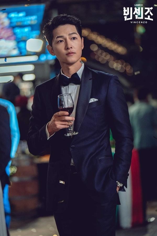 Hồng Quế gán tội Song Hye Kyo ngoại tình, giả tạo-1