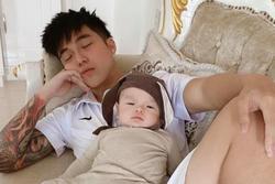 Toki Thành Thỏ (Uni5) bất ngờ công khai con trai đầu lòng, netizen truy tìm mẹ đứa bé
