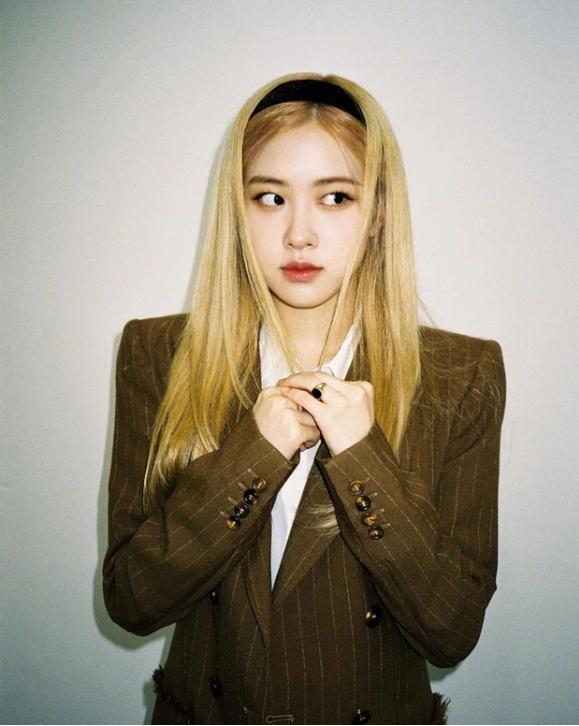 Vừa tung teaser solo, Rosé (BLACKPINK) gây tranh cãi: Bị Knet soi bằng chứng dao kéo khó chối cãi?-3