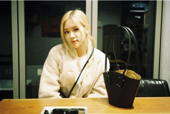 Vừa tung teaser solo, Rosé (BLACKPINK) gây tranh cãi: Bị Knet soi bằng chứng dao kéo khó chối cãi?-5