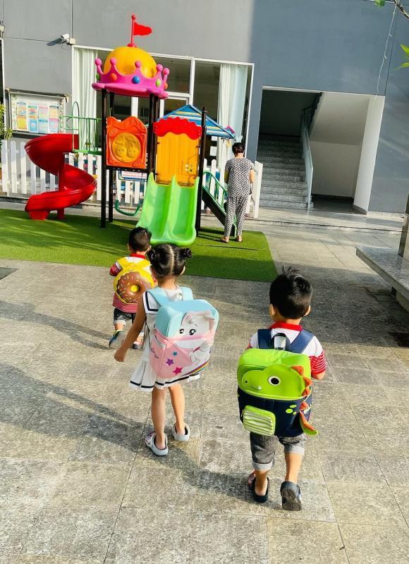 1.001 biểu cảm các nhóc tỳ nhà sao Việt khi quay lại trường học-4