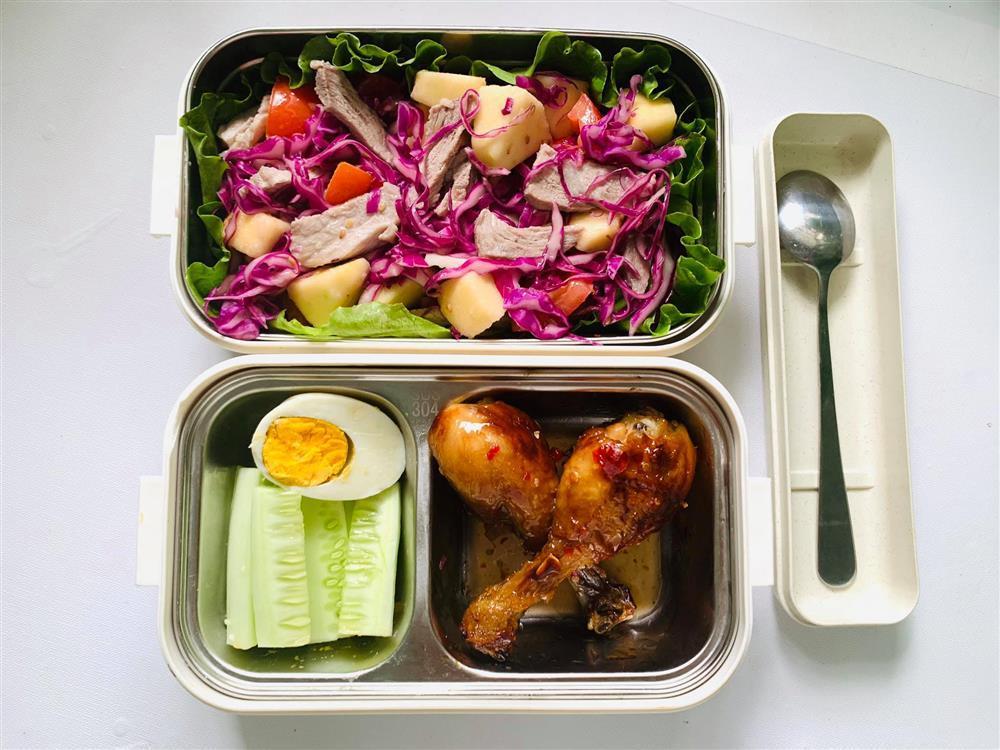 Ngày nào cũng dậy sớm nấu ăn mang đi làm, hộp cơm trưa của 9x được khen nức nở-2