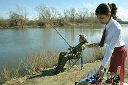 Những màn câu cá gây choáng, chỉ có 'cần thủ' thực thụ mới nghĩ ra