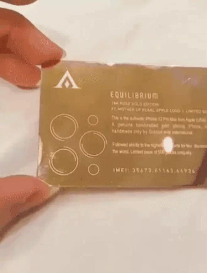 Vũ Khắc Tiệp được tặng iPhone mạ vàng 18k giá 250 triệu đồng-6