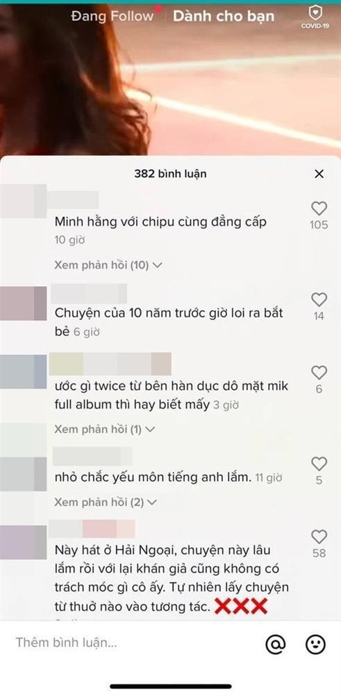 Đoạn clip Minh Hằng hát live thảm họa được mang ra so sánh với Chi Pu-1