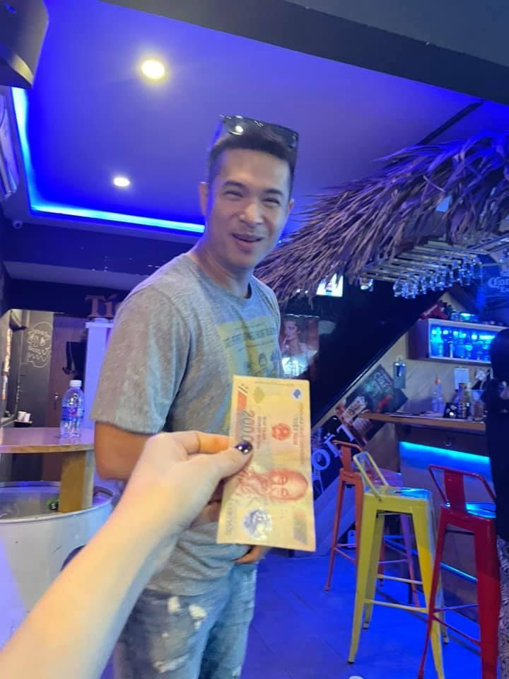 Hiếm hoi đăng ảnh Trương Thế Vinh, Thúy Ngân lộ ngay hint hẹn hò-3